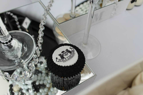 Juicy Couture Cupcake Topper