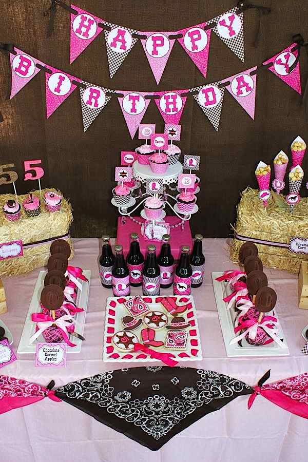 Cowgirl Party Dessert Table | Cowgirl Party Ideas