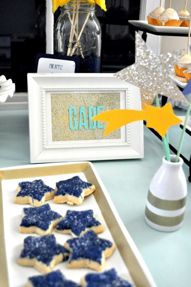 Star Party Decor and Desserts