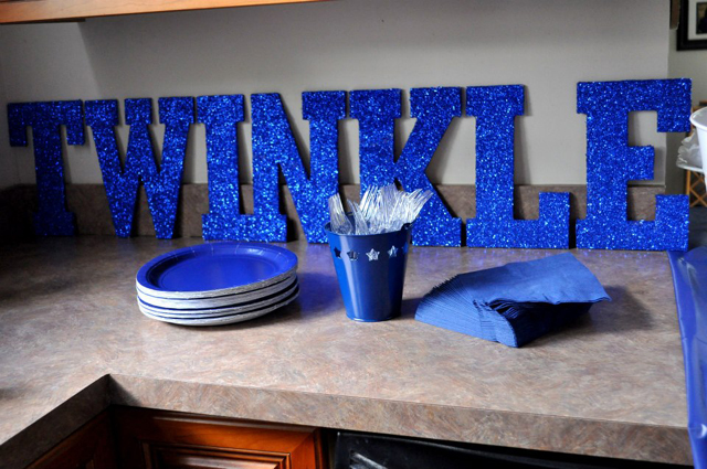 Twinkle Sign Decoration