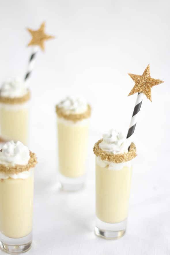 Champagne Chantilly Shooters | 10 NYE Cocktail Ideas | Pretty My Party