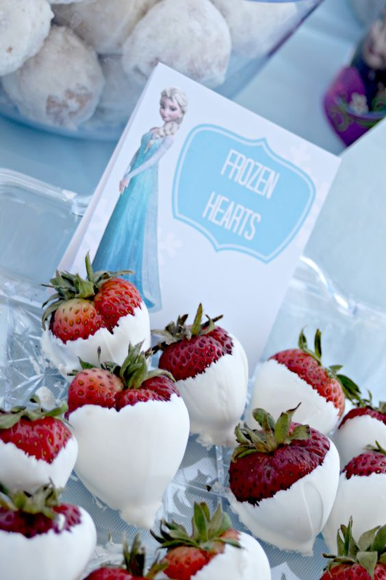 Frozen Hearts - Frozen Party Food Idea