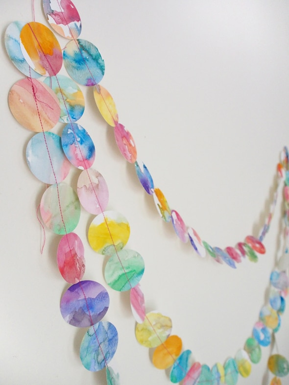 DIY-watercolor-garland