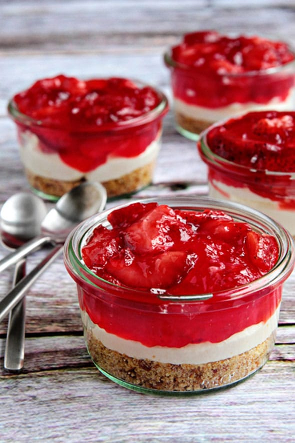 Strawberry Pretzel Dessert - Mini Dessert Cups