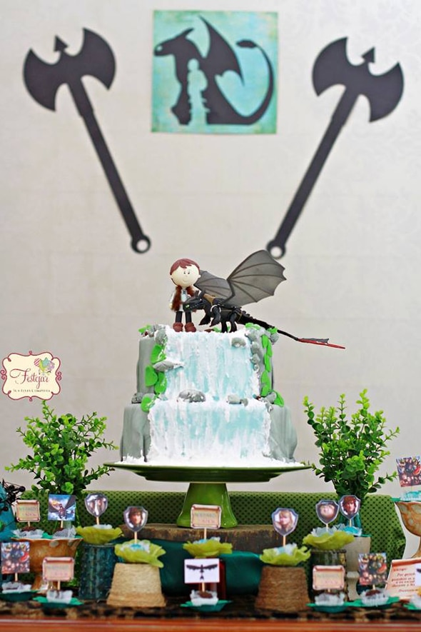Stupendous How To Train Your Dragon Party Pretty My Party Party Ideas Personalised Birthday Cards Veneteletsinfo