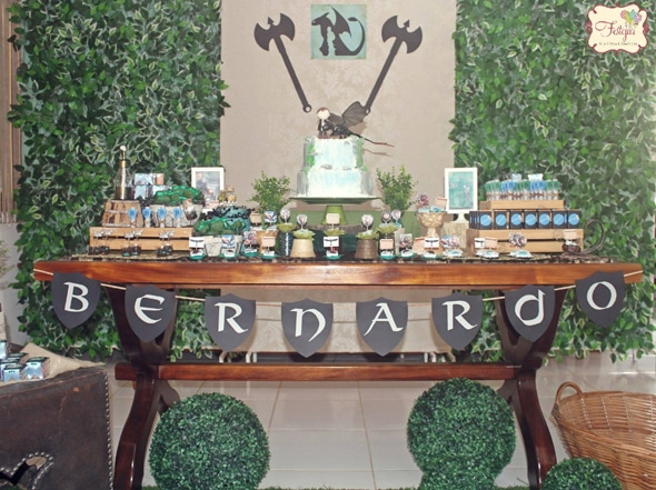 how-to-train-your-dragon-party-dessert-table