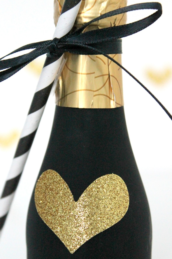 diy-champagne-favor-11