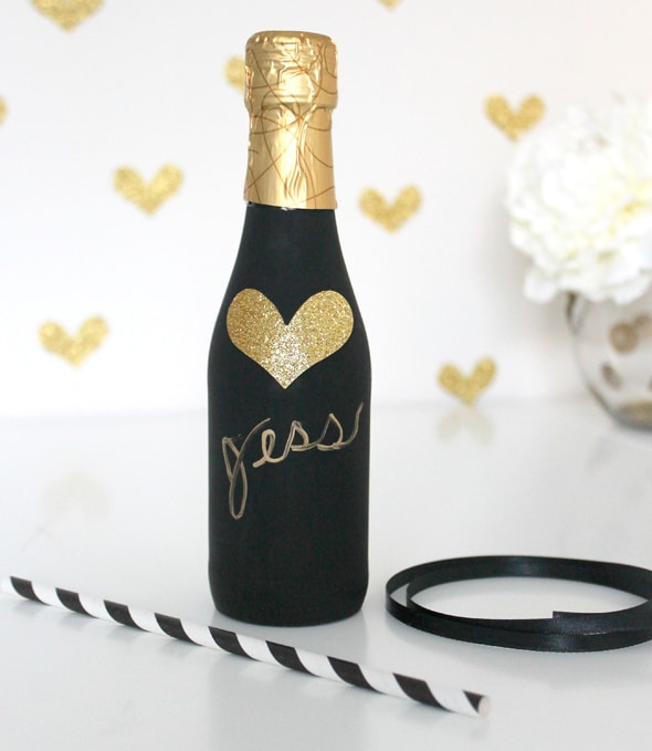 diy-champagne-favor-9
