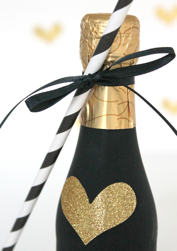 diy-champagne-favor
