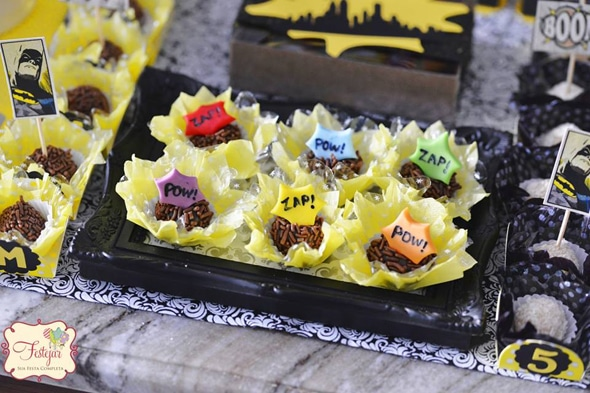 batman-party-desserts