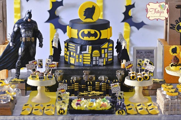 birthday-cake-batman