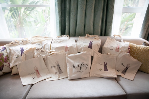 ca-wedding-totes