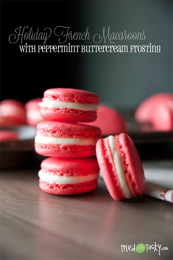 Holiday French Macaroons with Peppermint Buttercream Frosting via Pretty My Party