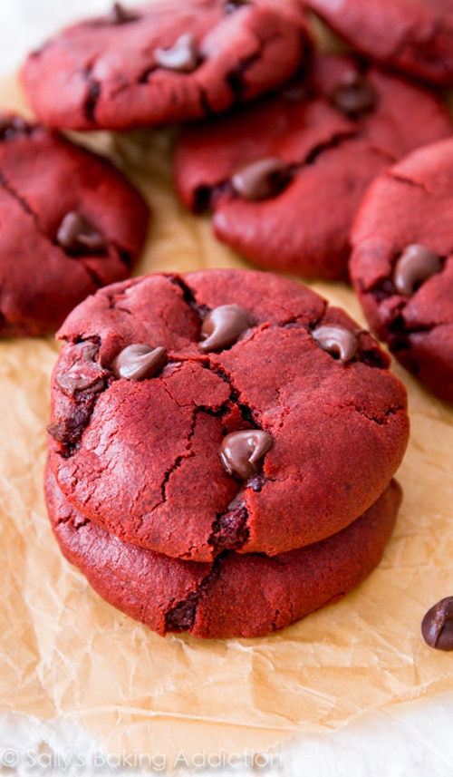 Red Velvet Chocolate Chip Cookies - Best Christmas Cookies