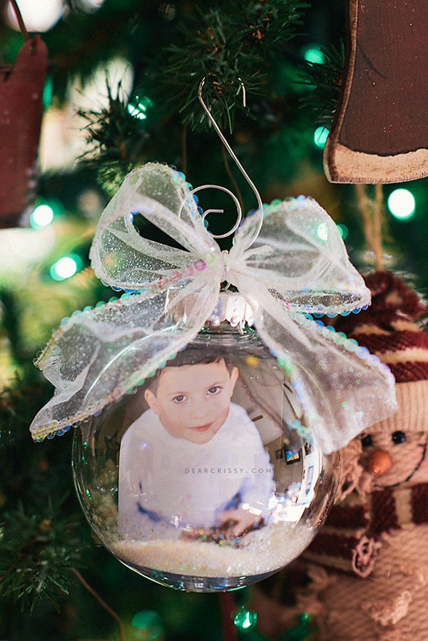 DIY Photo Ornament - 25 Super Creative DIY Ornaments