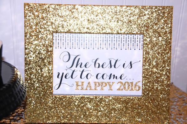 free-nye-sign-printable