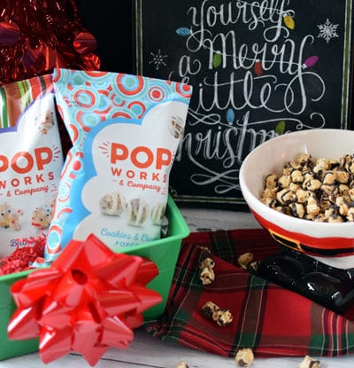 DIY Holiday Movie Treat Basket