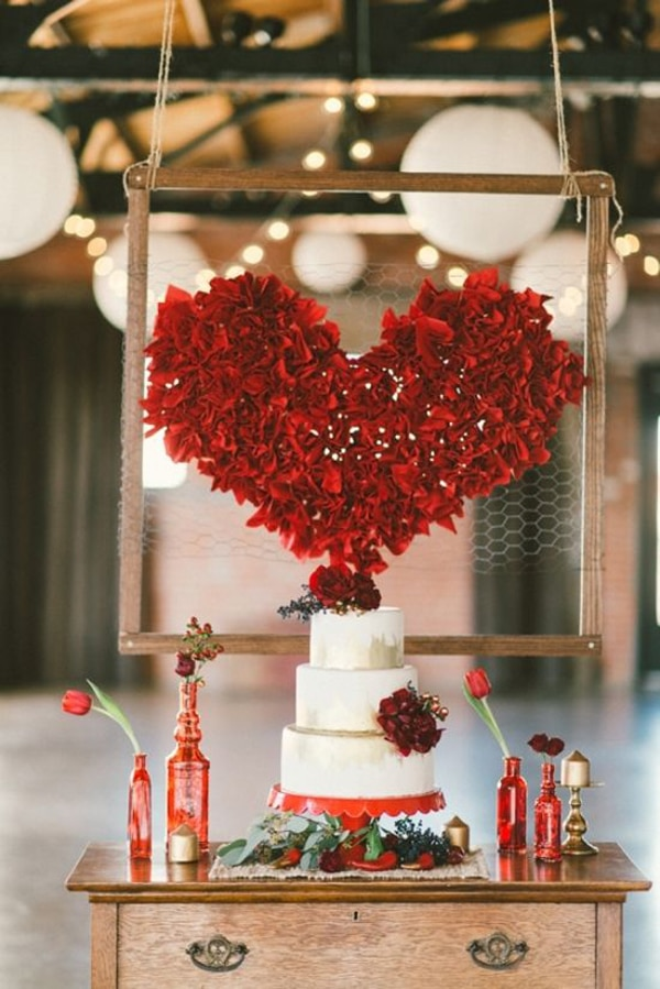 red-valentine-dessert-table