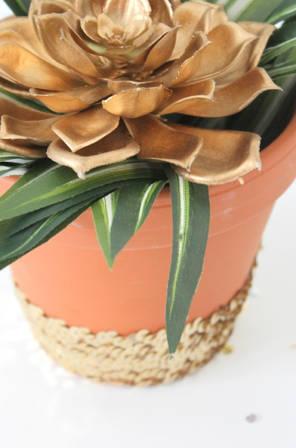 DIY-Sequin-Planter- 8