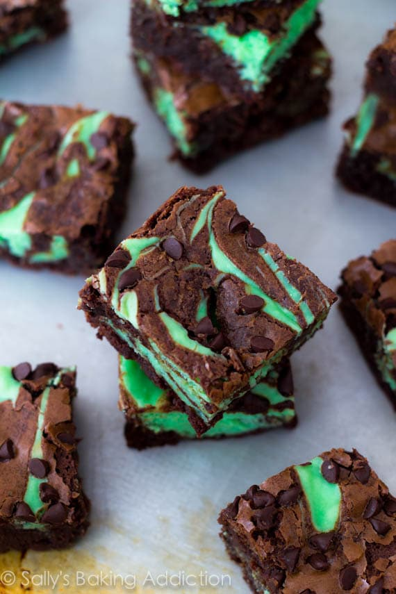 Mint-Chocolate-Chip-Cheesecake-Brownies