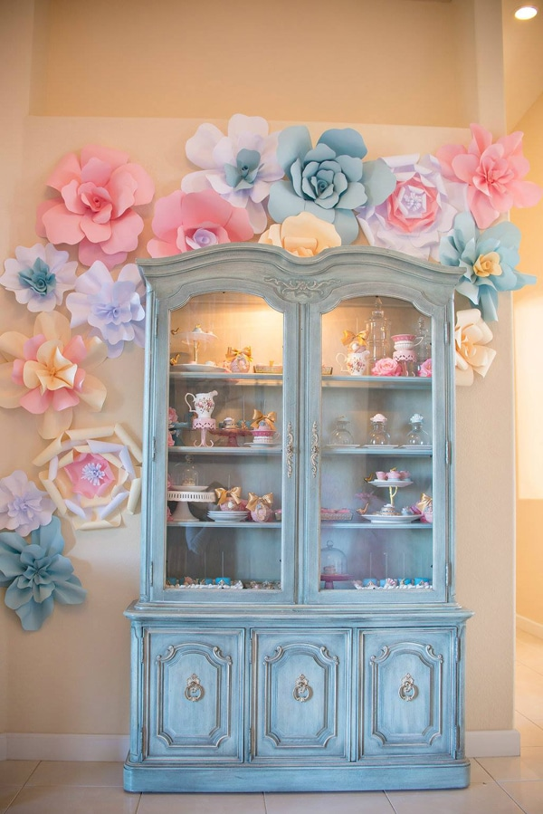 marie-antoinette-1st-birthday-party-decor