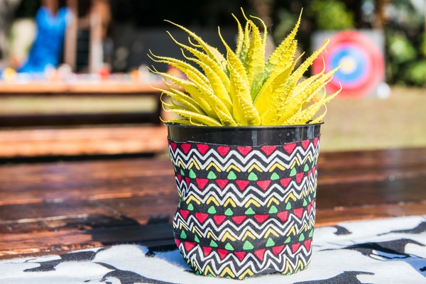 tee-pee-indian-party-decoration