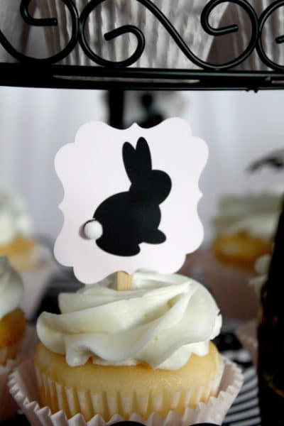 vintage-peter-cottontail-cupcakes