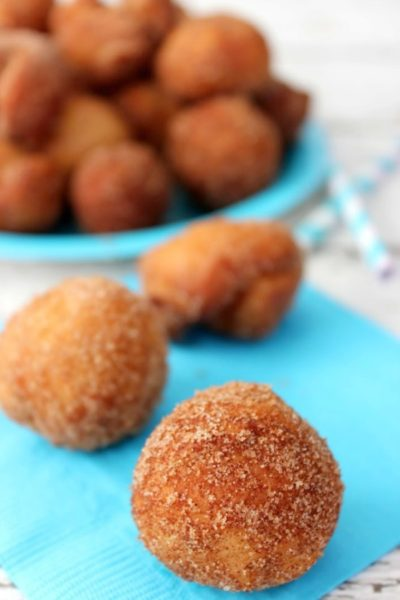 cinnamon-sugar-donut-holes