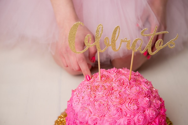thirty-birthday-cake-smash-celebrate-cake-topper