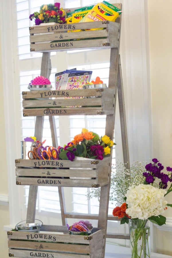 Floral Inspired Baby Shower Craft Station via Pretty My Party