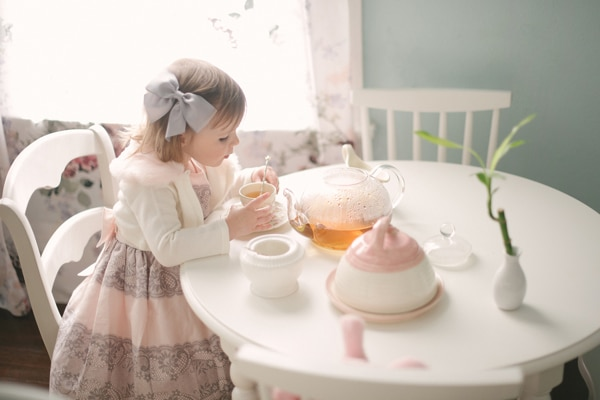 little-girl-tea-party-idea