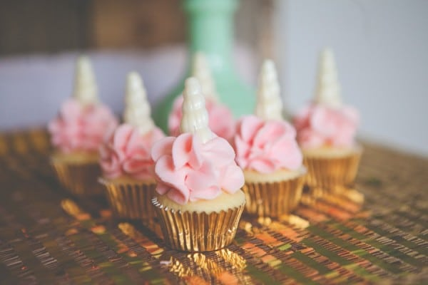 Unicorn Cupcakes - Unicorn Party Ideas