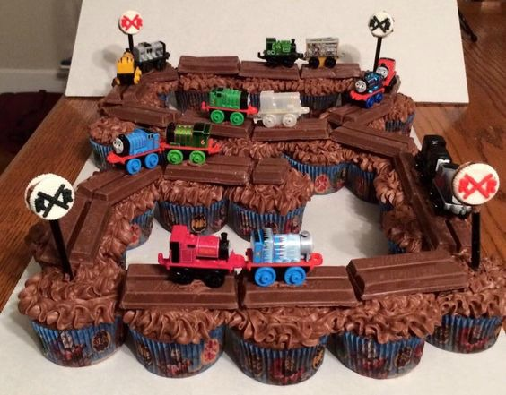 Thomas the Train Cupcake Cake Idea