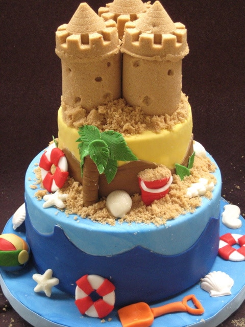 Sandcastle Beach Cake, 21 Sizzling Summer Birthday Cake Ideas | Pretty My Party
