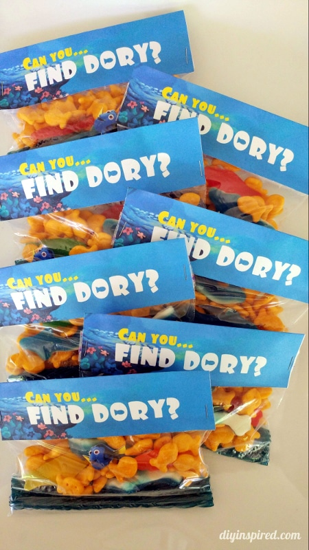 Finding Dory Favors | Budget Birthday Favors via Pretty My Party