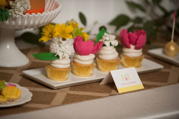 Pineapple Themed Bridal Shower cupcakes via Pretty My Party