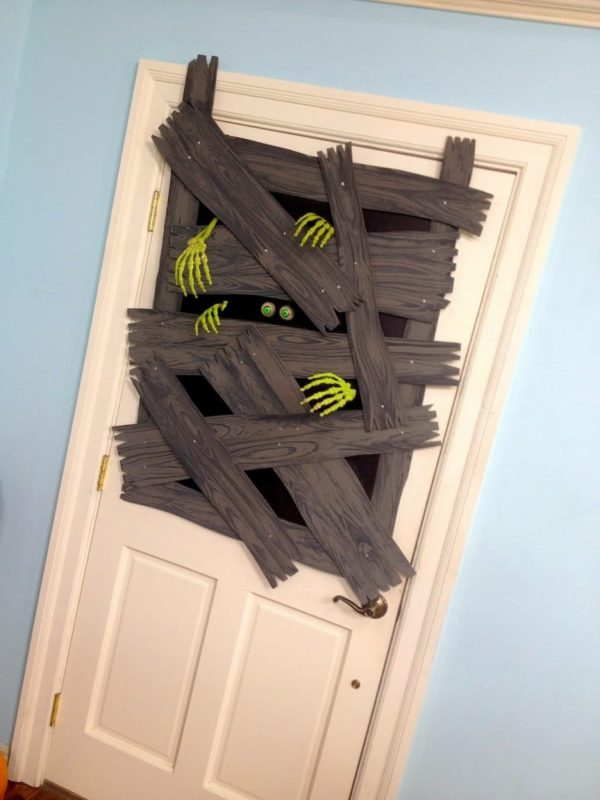 Zombie Halloween Door Decorations