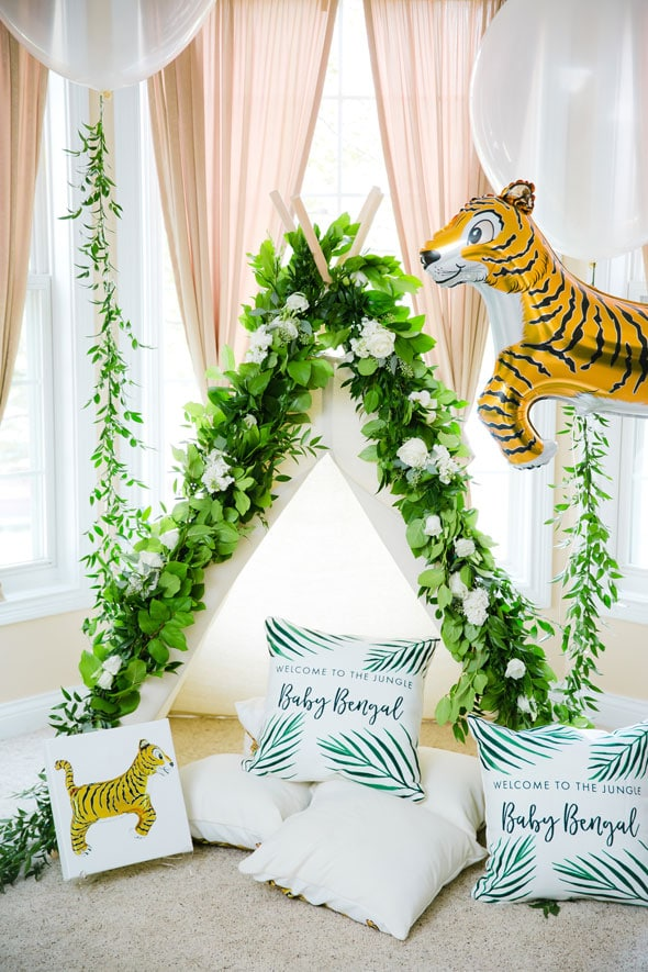 Welcome to the Jungle Baby Shower Flower Tee Pee via Pretty My Party
