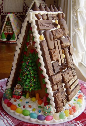 Amazing Candy Gingerbread House