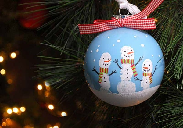 DIY Fingerprint Snowmen Christmas Ornaments