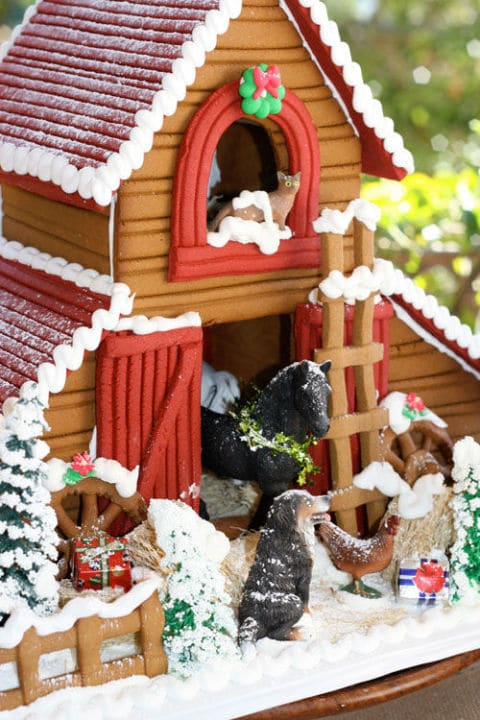 Christmas Gingerbread Barn House