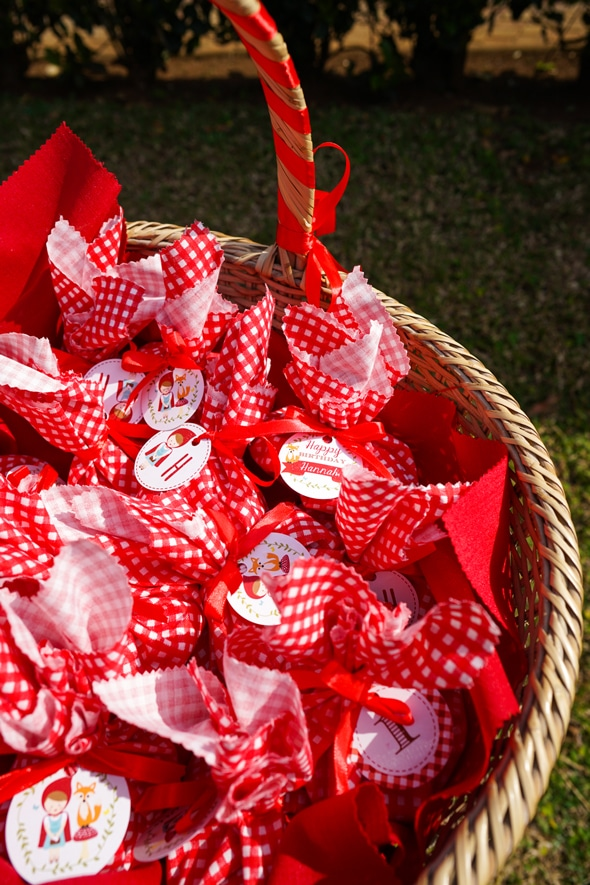 Red Riding Hood Picnic Birthday Favors | Pretty My Party