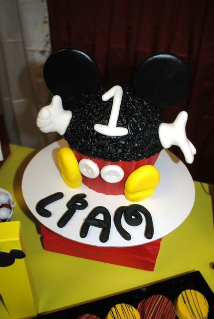 First Birthday Mickey Smash Cake