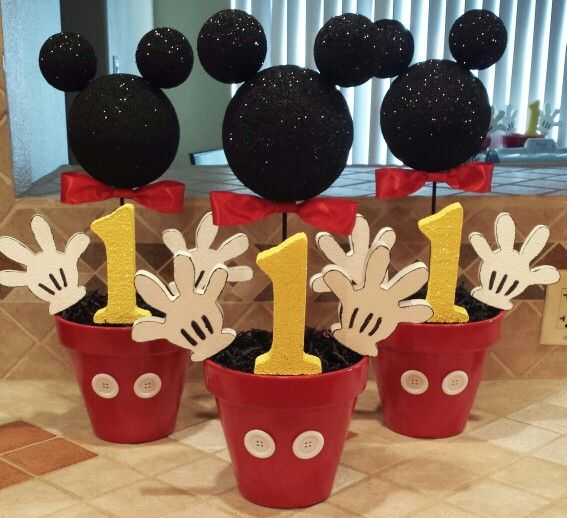 DIY Mickey Mouse Party Centerpieces