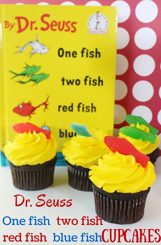 Dr. Seuss One Fish Two Fish Cupcakes | Pretty My Party