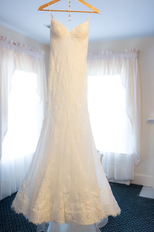 Pretty Colorado Mansion Lace Wedding Gown | Pretty My Party