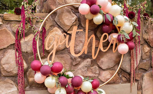 13 Awesome DIY Hula Hoop Wreaths - Pretty My Party - Party ...