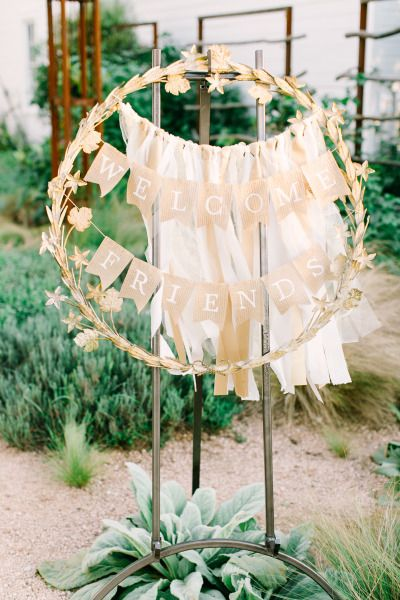 DIY Welcome Hula Hoop Wreath