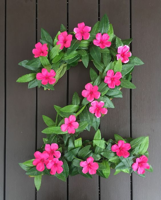 DIY Moana Party Floral Number Decor