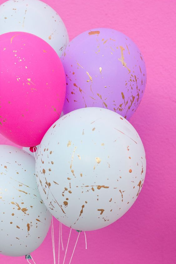 DIY Paint Splatter Balloons | DIY Balloon Ideas | Pretty My Party